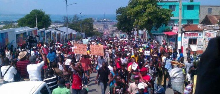Article : Haiti -17 octobre : entre manifestation de l'opposition et festivités du gouvernement
