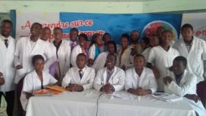 Des étudiants en deuxième année de la Faculté de Médecine et de Pharmacie