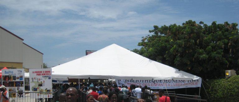 Article : Haïti/Livres en folie: Des étudiants critiquent et proposent