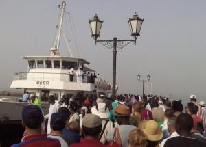Des visiteurs de l'Ile de Gorée...